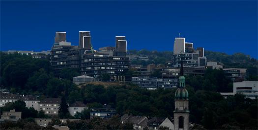 Lichtkunstprojekt metalicht metalicht bergische for Raumgestaltung uni wuppertal